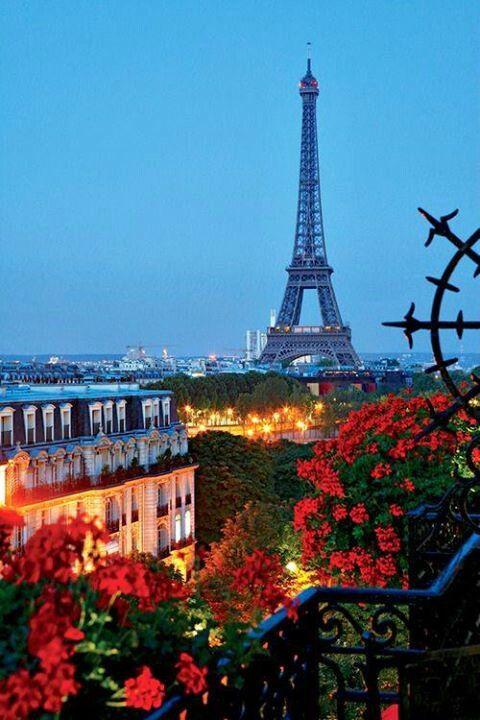 #Paris Parigi