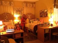 cutest dorm room, love the lighting!! | | college ...
