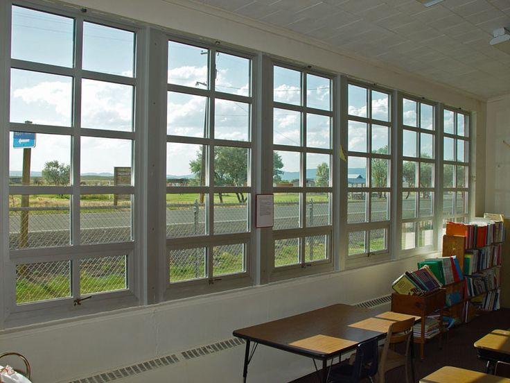 school window m gskqpjxczqynbvuzncmfiu cerfzcqrmqjvko