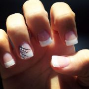 french tip cute nails