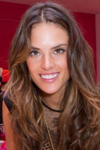 Alessandra Ambrosio's hair color | Hair & Make-up | Pinterest