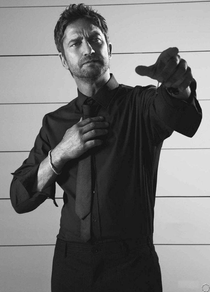 Gerard Butler: Esquire Mexico - March 2013