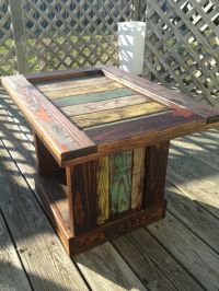 Beachy Distressed Crate End Table | DIY | Pinterest