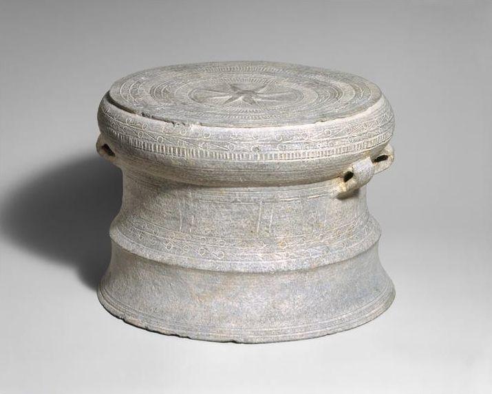 Modèle pour la fonte d'un tambour en bronze, Vietnam, culture de Dong Son II (1er millénaire avant J.-C.)
