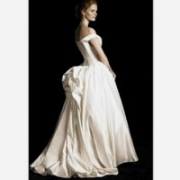 Wedding dress bustle | Bustle that dress! | Pinterest
