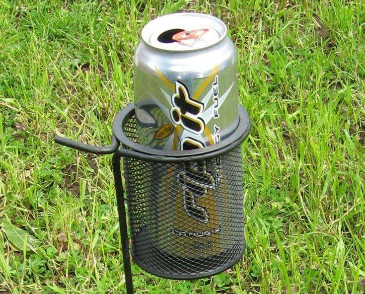 $2 DIY yard drink holders