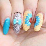 hand painted nail art design