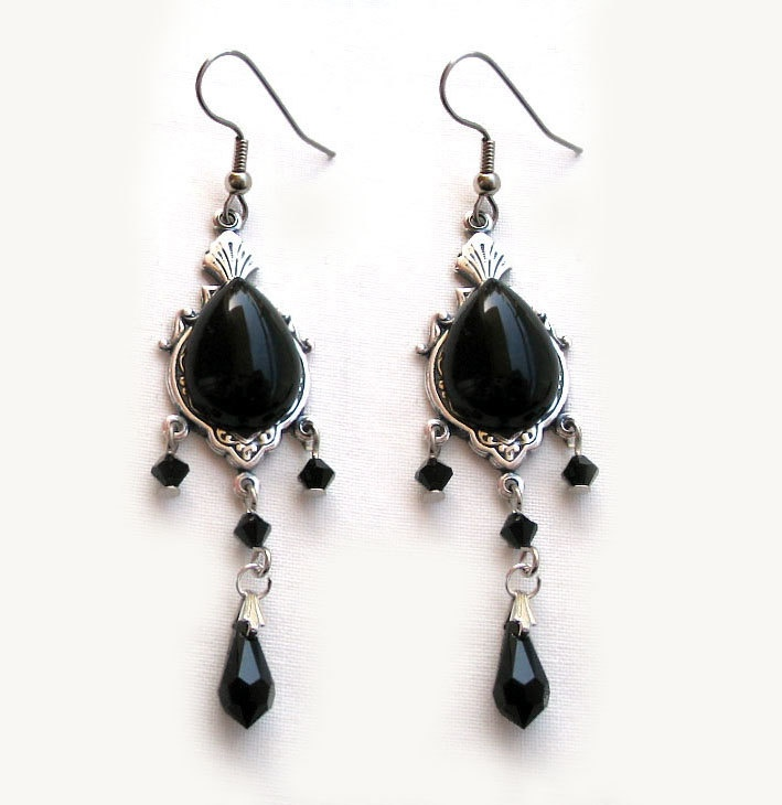 Black Gothic Jewelry Set Victorian Gothic Choker and Earrings