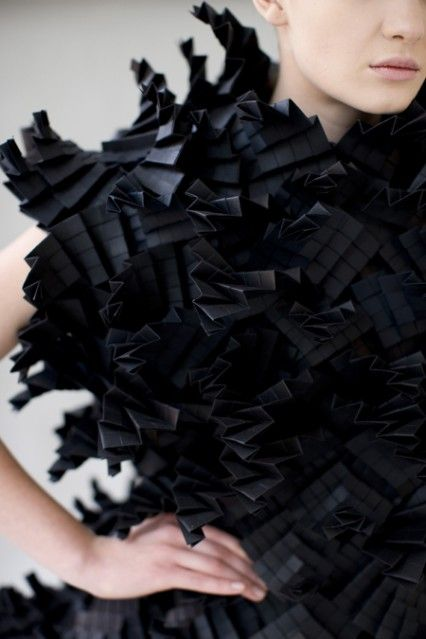 Morana Kranjec | Dario Cuci folding fabrics in fashion, fabric manipulation