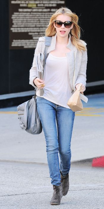 Emma Roberts in Skinny Jeans and super black sunglasses ; celebrities street snap #eyeglasses #fashion
