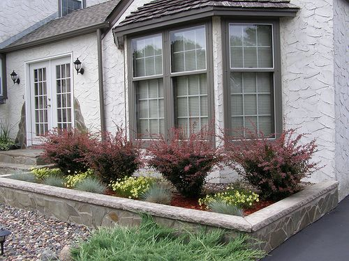 Landscaping: Landscaping Ideas Front Yard Bay Window