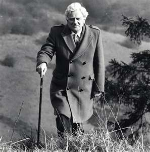 richard adams, author of watership down :::