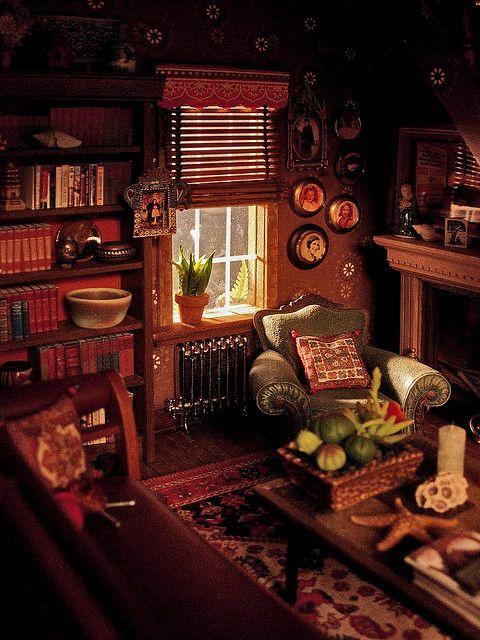 Miniature Dollhouse Living Room.