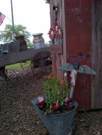 Country Garden Decor.   I love to garden!   Pinterest