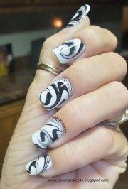 black & white marble swirl - nail