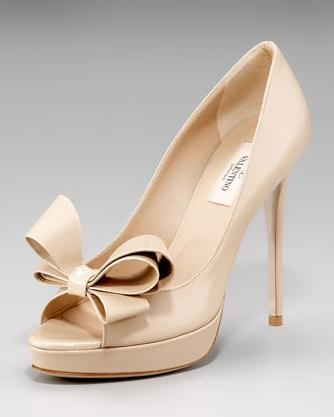 Nude Valentino heels