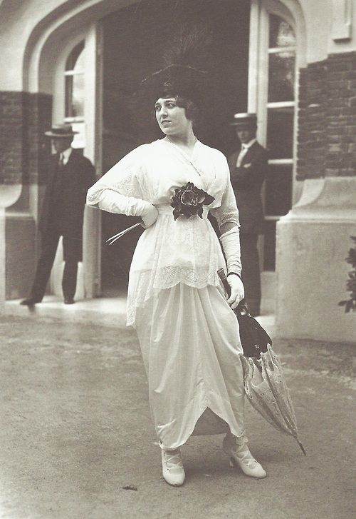 Robe par Jeanne Paquin, vers 1910