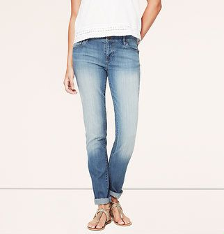 Relaxed Skinny Jeans in Surf Blue Wash