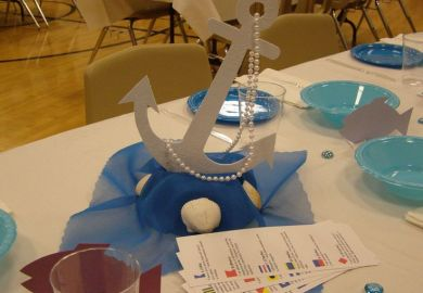 Cruise Party Theme Table Decorations