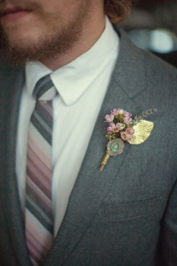 Boutonniere with Agate Slice || Earthy Wedding