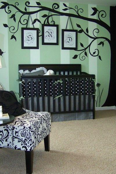 Habitación de bebé en verde y negro