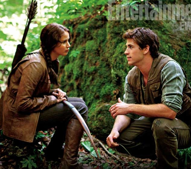 I'm team Peeta, but they would look so cute together