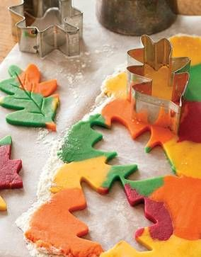 Celebrate fall with leaf cookies!