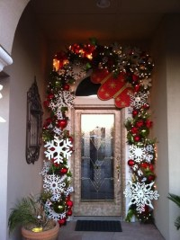 Winter Door Decor | Christmas Ideas | Pinterest