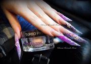 edge shaped acrylic nail love