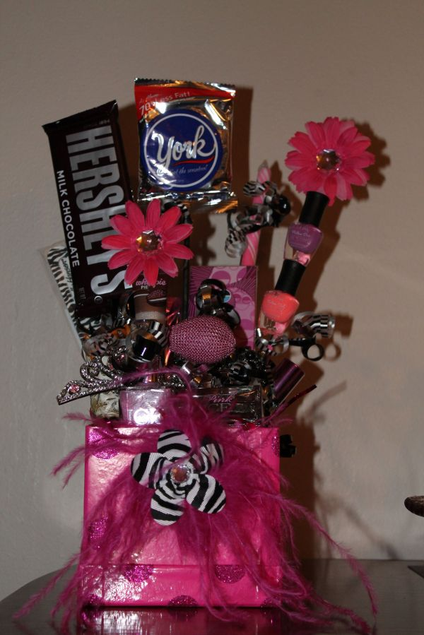 20 Birthday Basket Ideas For Teen Girls Pictures And Ideas On