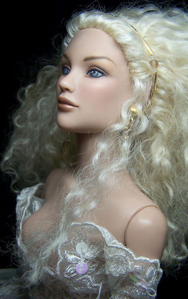 Galadriel Barbie Doll