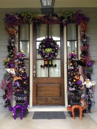 Decorating Your Front Door for Halloween