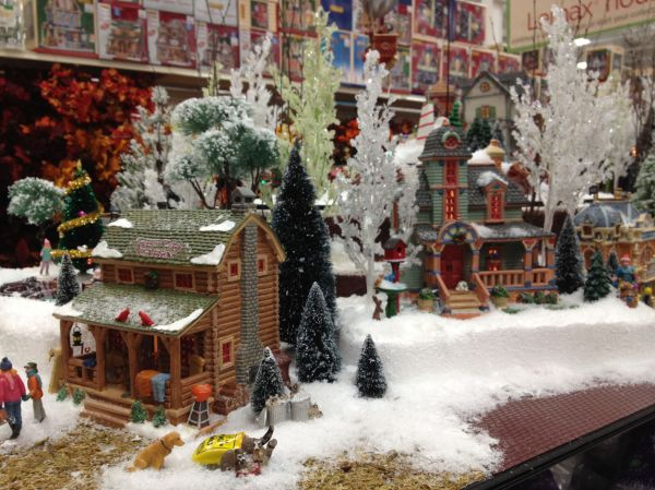 lemax christmas village display ideas - Christmas Village Sets Michaels