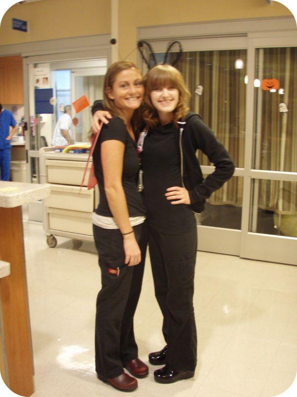 Nurses Wearing Dansko Clogs Chucks And Danskos
