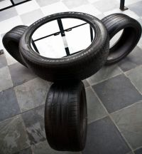 """Tire table and """"chairs"""" 