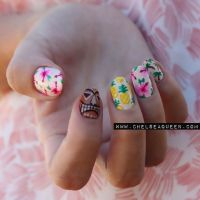 Hawaii nail art
