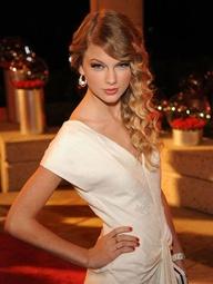 """Tạo kiểu tóc Xoăn làm đẹp cùng Taylor Swift - Mái tóc - GIÁO TRÌNH DẠY NGHỀ TẠO MẪU TÓC TOÀN DIỆN KORIGAMI (5+) TẬP TRUNG ĐÀO TẠO 5 LĨNH VỰC QUAN TRỌNG NHẤT CỦA NGÀNH TÓC ... HƯỚNG BẠN VÀO 5 MỤC TIÊU QUAN TRỌNG NHẤT NHẰM ĐẠT THÀNH CÔNG TRÊN CON ĐƯỜNG TRỞ THÀNH NHÀ TẠO MẪU TÓC CHUYÊN NGHIỆP ...  (1+) ... TOÁN HỌC NGÀNH TÓC KORIGAMI ( niềm tự hào mang tên Korigami .. là lĩnh vực nghiên cứu tâm đắc nhất độc đáo nhất mang tên Korigami ) ... Bất cứ bạn làm việc trong lĩnh vực nghề nghiệp nào đòi hỏi sự chính xác ... bắt buộc bạn phải có căn bản về toán học ... số học ... hình học ... hình học không gian 3 chiều (3D) ... Korigami khẳng định là bộ giáo trình đầu tiên tại Việt Nam dạy cho bạn các """"công thức toán học chuyên ngành tóc"""" dành riêng cho người Việt ... gần gũi và dễ hiểu tương đương với trình độ toán lớp 5 tại trung học phổ thông cơ sở ... Bộ công thức toán sinh học phân biệt điểm chuẩn - đường chia chuẩn - khu vực - tầng - tép tóc - mảng tóc - khối tóc ...e Bộ công thức toán xác định vị trí làm việc - góc nâng - góc bắt - góc kéo ... Bộ công thức toán số học gồm các công thức (L ... độ dài ) - ( P ... độ đuổi phom ) - ( V ... độ dầy ) - ( T ... độ đuổi tầng ) - ( X ... độ xoăn xù cơ học ) ... Bộ công thức toán cắt tóc hình học không gian gồm định vị khối vuông - định vị khối tròn - định vị khối chuyển động - định vị khối đa giác ... Bộ ký hiệu ngành tóc Korigami ... Đây là nền tảng để xây dựng nên cuốn giáo trình Korigami ... LÀM CHỦ LĨNH VỰC TOÁN HỌC GIÚP BẠN KIỂM SOÁT CHÍNH XÁC MỌI KỸ THUẬT TẠO KIỂU TÓC CỦA MÌNH ... TÁC PHẨM CÀNG ĐẠT THÔNG SỐ TOÁN HỌC CHÍNH XÁC BAO NHIÊU CÀNG NHANH HOÀN TẤT VÀ ĐẸP BẤY NHIÊU  (2+) ... VẬT LÝ + SINH HỌC NGÀNH TÓC: bộ môn dạy cho cấu trúc vật lý sinh học của tóc - cấu trúc vật lý sinh học mô hình đầu người + gương mặt + cổ vai gáy + thân hình ... Hướng dẫn bạn muôn vàn cách thức làm biến đổi hình dáng từng sợi tóc - từng tép tóc - từng mảng khối tóc do tác động vật lý cơ học có sử dụng và không sử dụng dụng cụ tạo kiểu hoặc sản p"""