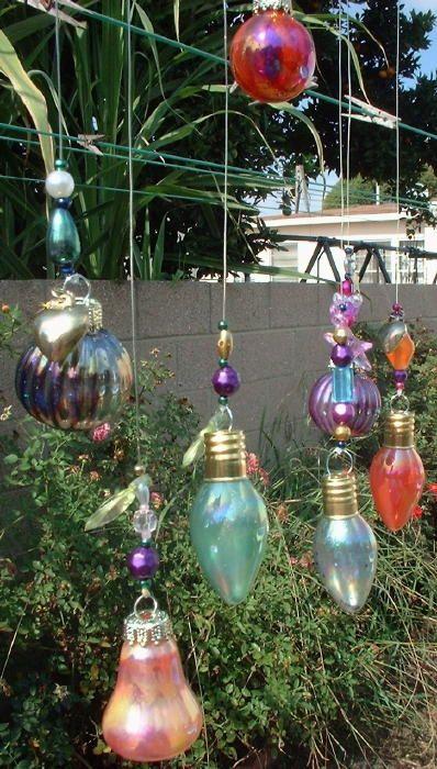 unha polonês + lâmpadas recicladas para a arte do jardim