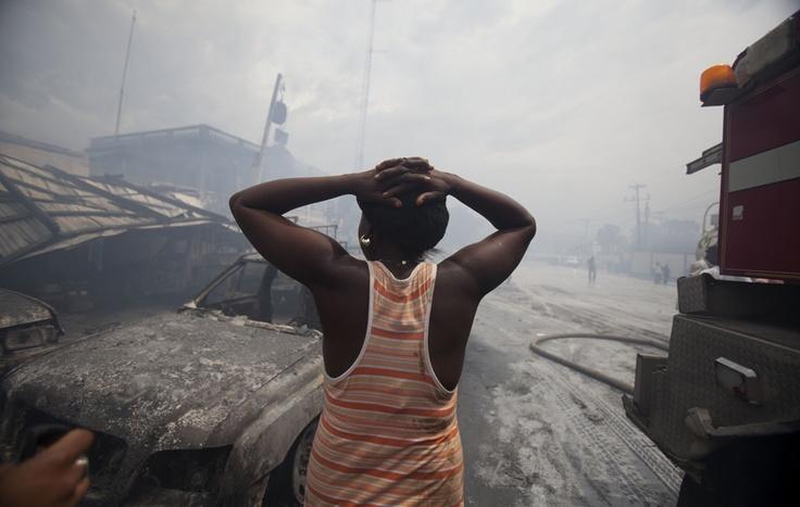 Un Mercato di Port-au-Prince, ad Haiti, distrutto da incendio ONU.  (Dieu Nalio Chery, Ap / Lapresse)