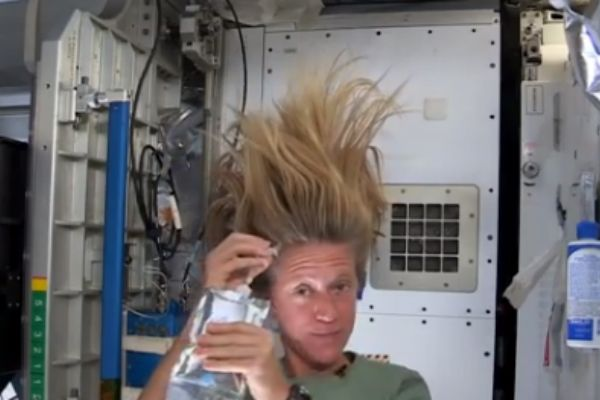 From Christian Science Monitor: Astronaut Karen Nyberg washing her hair: Who knew it could bring us together?