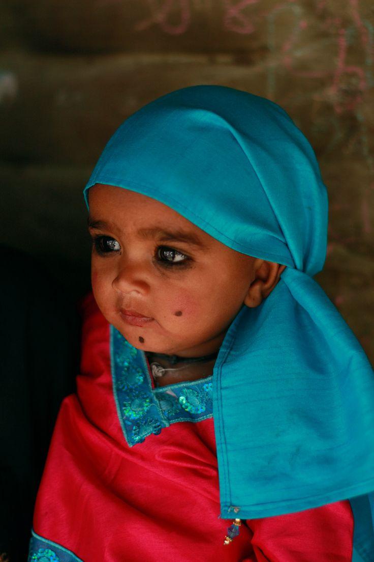 bambino raikhad, India.