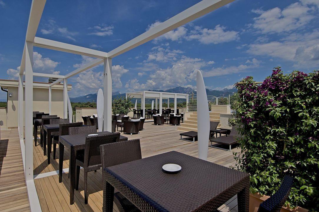 Terrazza panoramica Hotel Zen Versilia Pietrasanta  HolidayCheck Toskana  Italien