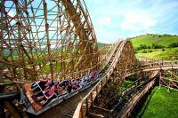 """Holzachterbahn Mammut im Erlebnispark"" Natur"