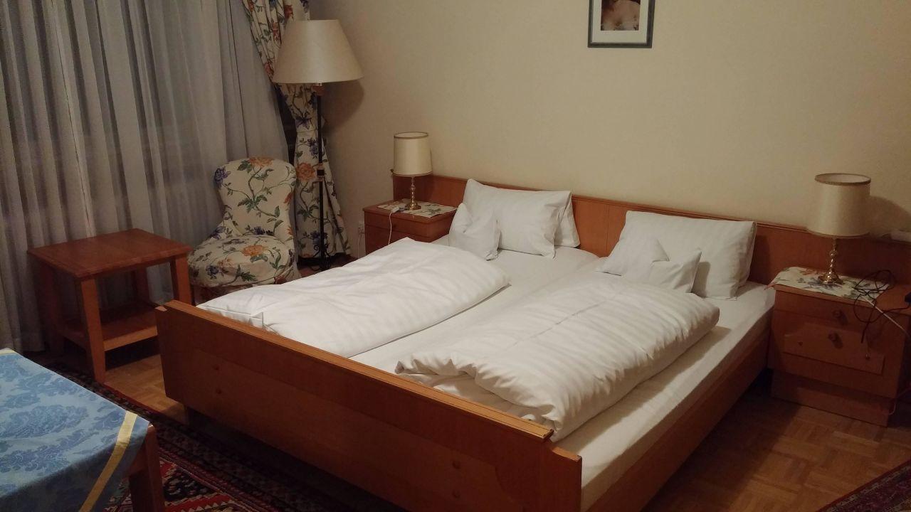 """Doppelzimmer Im Gästehaus Englischer Garten"""" Hotel Englischer"""