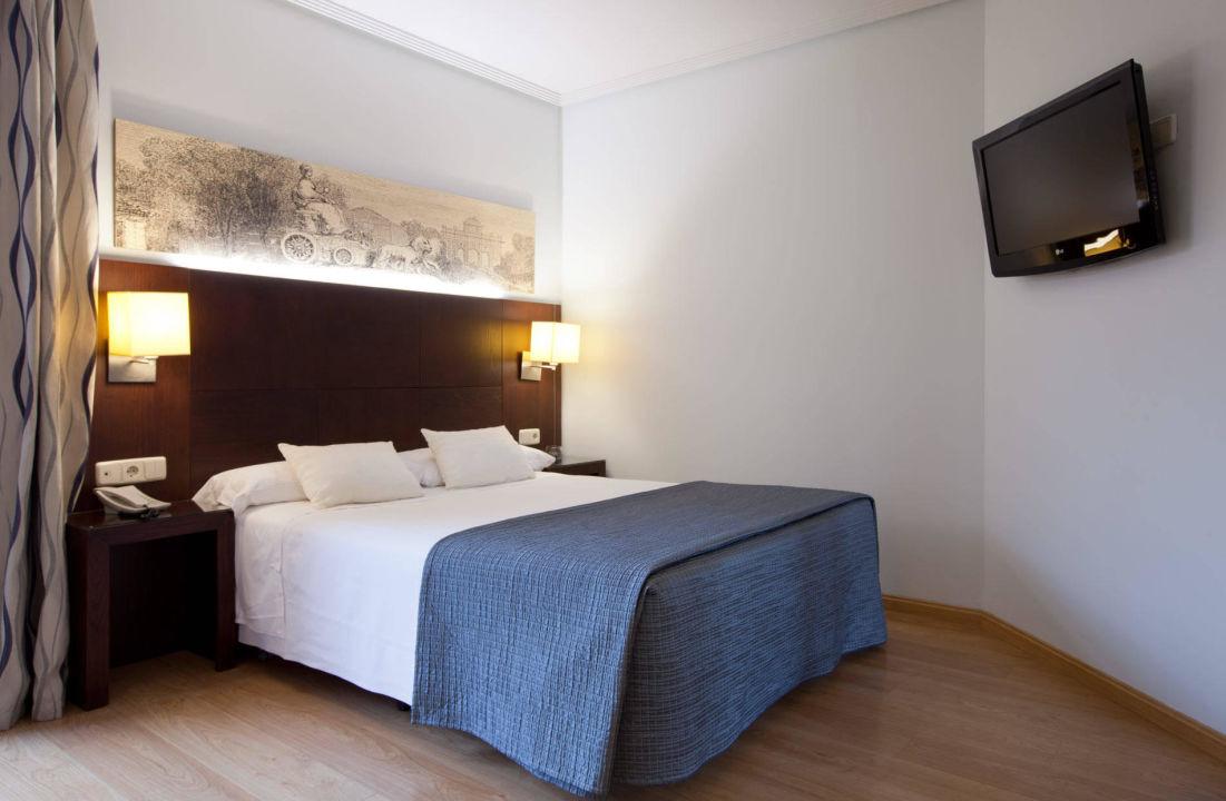 Bild Habitacion doble uso individual zu Hotel Ganivet in