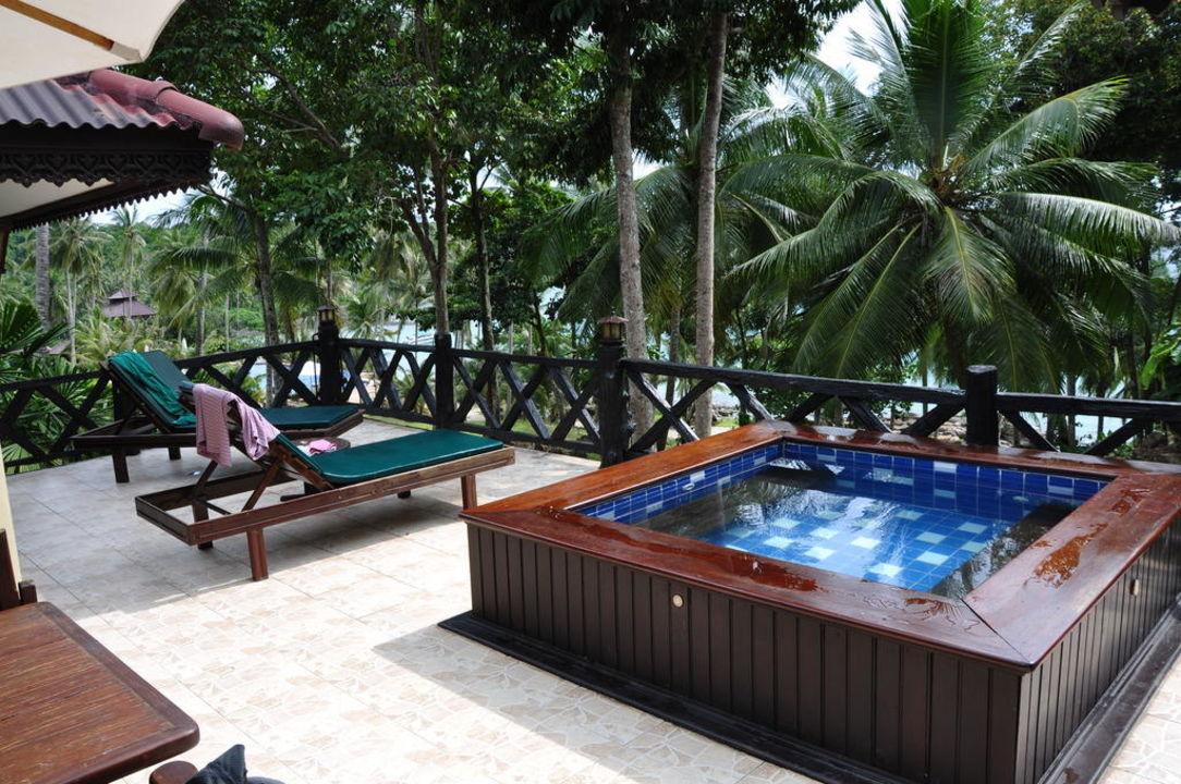Kleiner Pool auf der Terrasse Koh Kood Beach Resort Koh Kut  HolidayCheck Sonstige Inseln