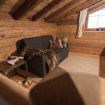 Kleines Wohnzimmer Mit Gemutlicher Kuschelcouch Gletscher Chalet Stubai Neustift Im Stubaital Holidaycheck Tirol Osterreich