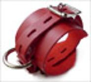 JT's Stockroom - Locking/Buckling Wrist Cuffs, Red