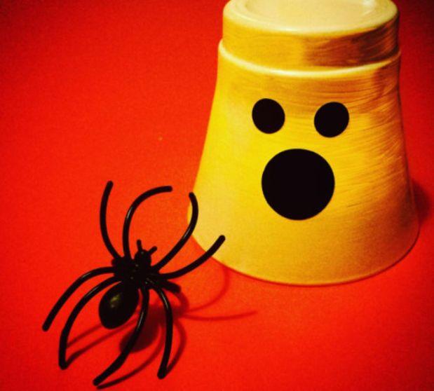 Vacances Tout Saint: x Choses avec faire pour les enfants | Cabane Surprise d'Octobre - Surprise kits créatifs pour enfants à partir de 3 ans (LA CABANE)