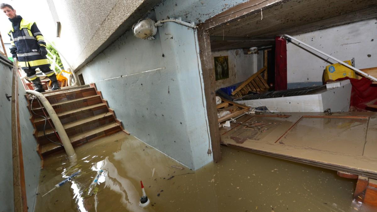 Hochwasser Und Die Folgen - Was Bei Einem Wasserschaden Im Keller Zu